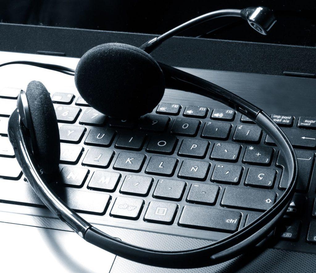 Wartung & Hotline